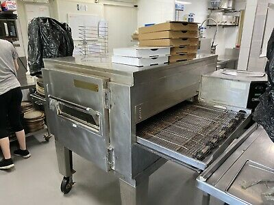 """Commerical Pizza Oven 32"""" Lincoln Conveyor Deck"""