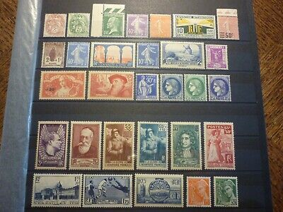 France Lot 30 Timbres Neufs**. Cote 208 Euros