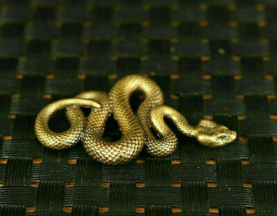 Lovely Chinese old copper hand cast snake statue Pendant Netsuke noble gift