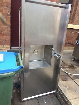 Stainless Steel Bench With Sink And Mixer
