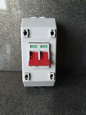 Wylex 100A 2 Pole Isolater In Rec Enclosure (Rec2S)