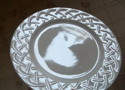EXCELLENT LIGHT USE LOT- 5 Oneida PICNIC Bread & Butter Plates - FREE SHIPPING