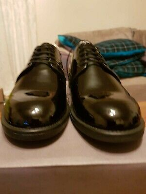 Vagabond Women's Classic Patent Leather shoes Amina Size 7. New