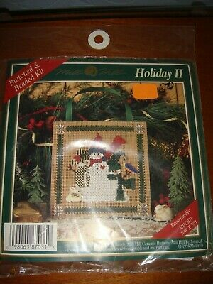 Mill HIll Holiday II Buttoned /& Beaded Snowfamily Kit