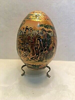 Satsuma hand painted egg decorated art piece collectible with stand