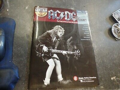 Play Guitar With AC//DC TAB Music Book /& Play-Along Backing Tracks CD Angus Young