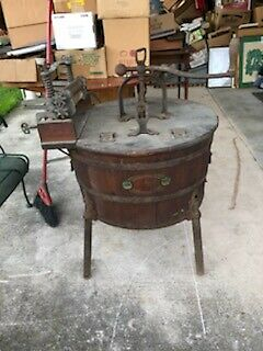 Antique Wooden Tub Washing Machine With Wringer Boss Co Company Cincinnati Oh