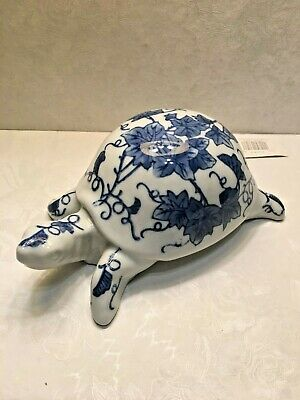 Silvestri blue/white handcrafted turtle