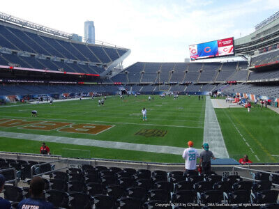 2 of 4 TICKETS GREEN BAY PACKERS @ CHICAGO BEARS 1/3 *Sec 120 Row 11*