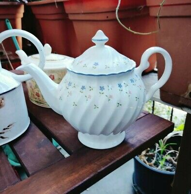 Johnson Brothers, Bros Melody  - TEAPOT - Full Size Large Teapot