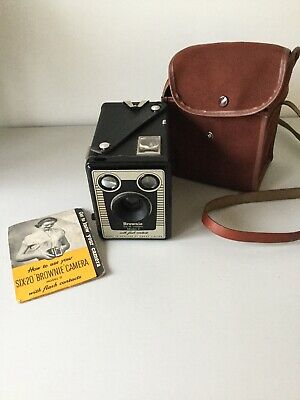 Vintage Box Brownie Six-20 Model D With Carry Case