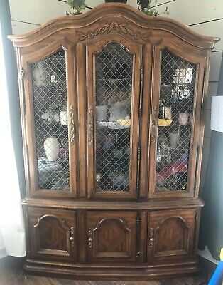 Drexel heritage china hutch cabinet