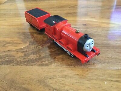 Thomas trackmaster Thomas the tank engine motorised James & Tender