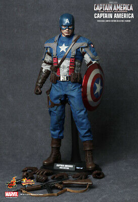 """Captain America: """"The First Avenger"""" 1:6 Sixth Scale Figure by Hot Toys - RARE"""