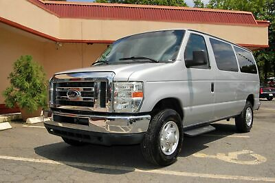 2012 Ford 8 Pass. TV / DVD VERY NICE XLT PACKAGE FORD 8 PASSENGER VAN....UNIT# 9-8602T