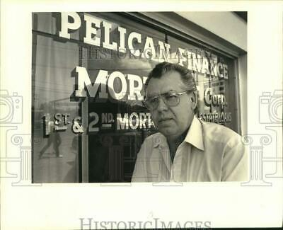 1988 Press Photo Pelican Finance and Mortgage Co. - Vic Ragas, Owner, Algiers