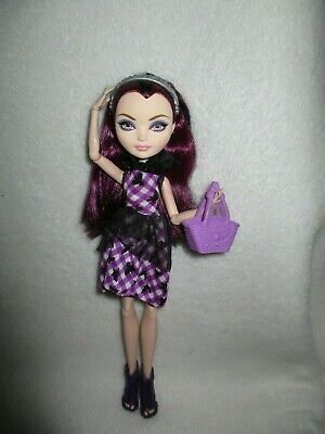 Ever After High Raven Queen Enchanted Picnic