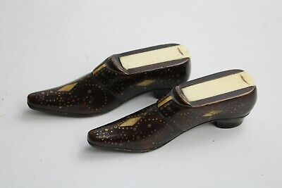 Pair of Antique 19th Century Fruitwood SNUFF BOXES In The Shape of Shoes. Rare.