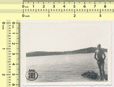 #046 Shirtless Man in Shorts on Beach Guy Abstract Portrait vintage photo orig.