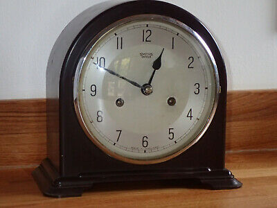 SMITHS ENFIELD BAKELITE DECO MANTEL CLOCK Good working condition
