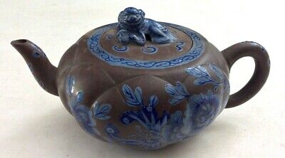 RARE FINE ANTIQUE 19th CENTURY QING CHINESE YIXING FOO DOG ART POTTERY TEAPOT