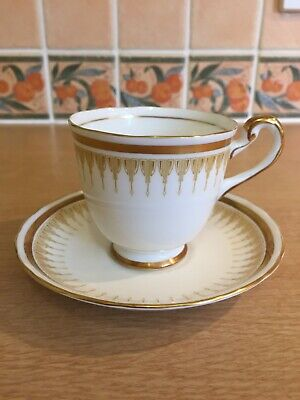 New Chelsea Fine Bone China Cup & Saucer x 2 - Gold/White