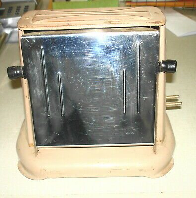 Antique Vintage ELECTRIC TOASTER - CAPITOL PRODUCTS #50 Winsted CT (Tan Body)