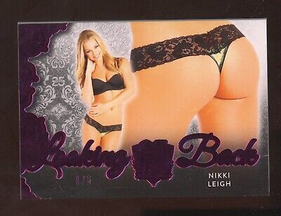 2019 Benchwarmer Pink Foil 25 Years Looking Back Nikki Leigh 1/5