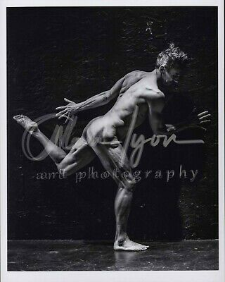 11x 8.5 Signed Original Art Male Photo (8) Peter runs across the stage