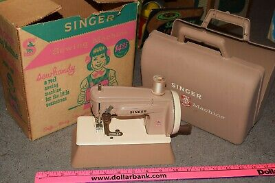 VINTAGE SINGER SEWHANDY TOY CHILDS SEWING MACHINE w/ CARRYING CASE AND BOX