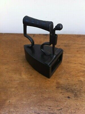 LOVELY DECORATIVE SMALL ANTIQUE VICTORIAN CLARK & SONS BOX IRON - 3.5  inches