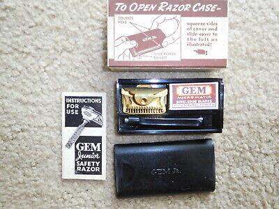 WWII US Army GEM Razor Set in Container and Box