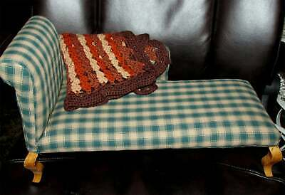 Chase lounge or fainting sofa made for dolls real wood vintage or antique