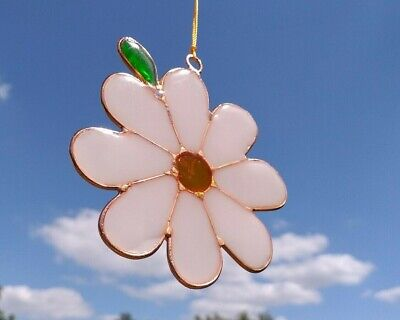 Daisy Flower Suncatcher Stained Glass Effect Sun Catcher Hanging Decoration