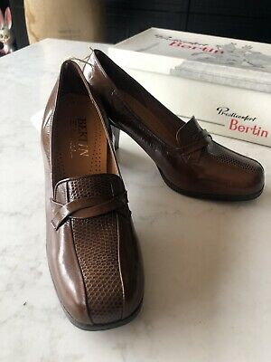 Vintage 1970s French Leather BERTIN Shoes BNIB Sz 4 37 Tan slip on fab lizard