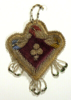 Early 1900s Antique IROQUOIS Native American BEADWORK Heart Wall Hanging Magenta