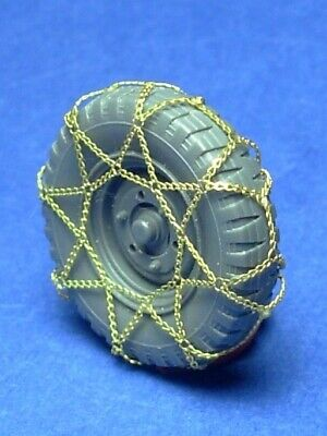 4 units Details about  /Minor 1//35 Tyre chains for German le.gl.Einheits-Pkw