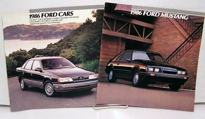Lot 2 Full Color Booklets 1986 MUSTANG & 1986 FORD CARS