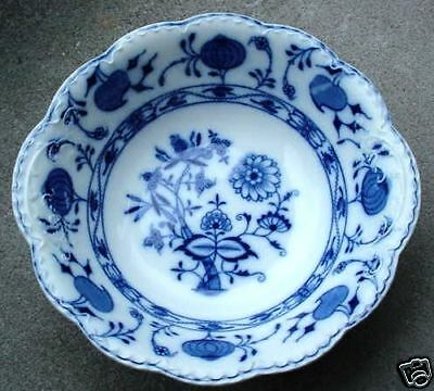 VEGETABLE BOWL round HOLLAND Flow Blue Johnson Bros.