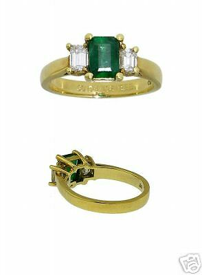 New 18Kt Yellow Gold Diamond Emerald Ladies Ring