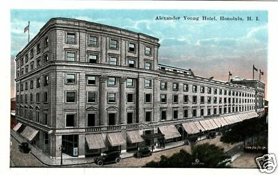 Honululu Hawaii Alexander Young Hotel Old 1920S View