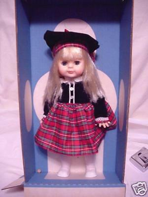 LITTLEST ANGEL Vogue 15 inches. Made in 1977 Blonde Hair, Eyes Open & Close NRFB