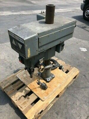"""Delta 20"""" Rockwell 1.5HP Bench Top Industrial power feed drill press 70-6X0"""