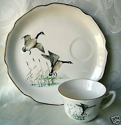 Georgian China Luncheon Lunch Plate & Cup Set, Geese