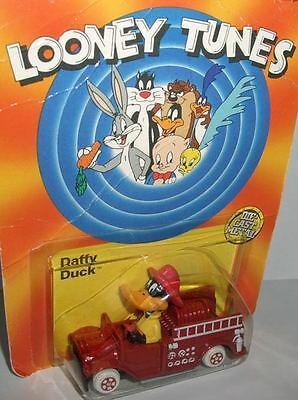 Looney Tunes DUFFY DUCK w. VEHICLE - DieCast v.1989
