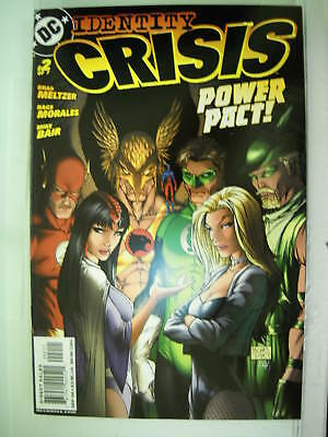 Dc Comics Identity Crisis #2 Of 7  Michael Turner Cover