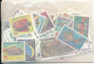 ZBM - POISSONS : 100 TIMBRES DIFF. OBLI. Ts PAYS