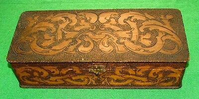 c1900 Art Crafts Nouveau Treen Pokerwork Celtic Box
