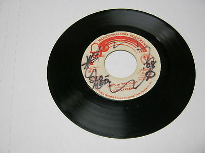 Vicki Lawrence Ships In The Night/Same 45 RPM Bell