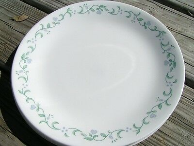 Country Cottage by Corelle Corning LOT 4 DINNER PLATES